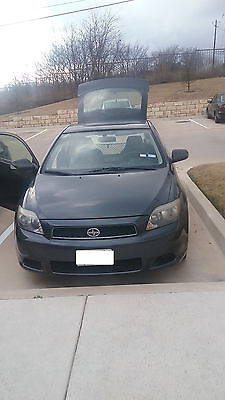 2005 Scion tC  2005 Scion TC