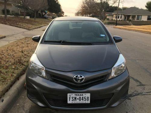 2012 Toyota Yaris LE Toyota Yaris 2012 92k miles