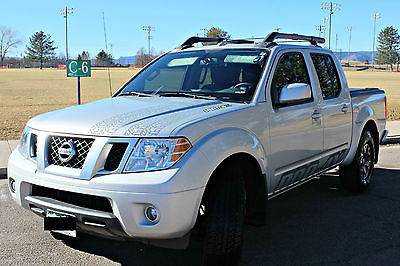 2015 Nissan Frontier PRO-4X Crew Cab Pickup 4-Door 2015 Nissan Frontier PRO-4X pickup truck, loaded, like new