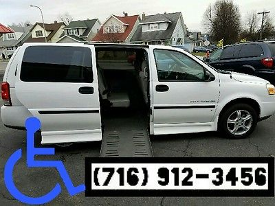 2008 Chevrolet Uplander  BRAUN MOBILTY WHEELCHAIR VAN FREE SHIPPING WITHIN 500 MILES ZIP CODE 14220 USA
