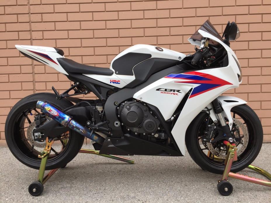 2012 Honda CBR 2012 Honda CBR 1000RR 20th Anniversary HRC Edition $7,808 in Extras (1-OWNER)