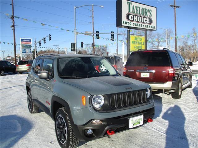 2016 Jeep Renegade Trailhawk 4x4 4dr SUV