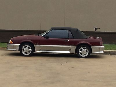 1988 Ford Mustang GT Convertible 2-Door 1988 Ford Mustang GT Convertible 2-Door 5.0L