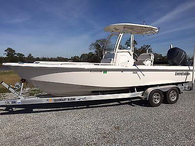 Everglades 243CC Bay Boat 2012