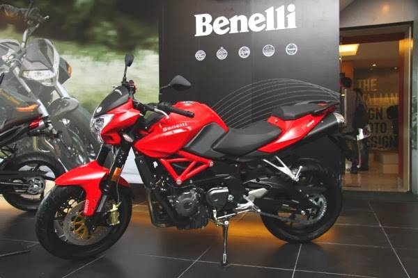 2016  Benelli  TNT 650