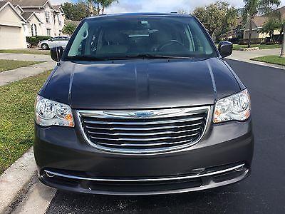 2015 Chrysler Town & Country Chrysler Town & Country Touring L minivan 2015