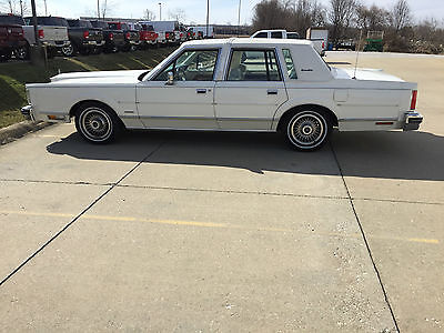 1983 Lincoln Town Car Signature Series 1983 Lincoln Town Car Signature Series 51K Original Miles One Family Owner