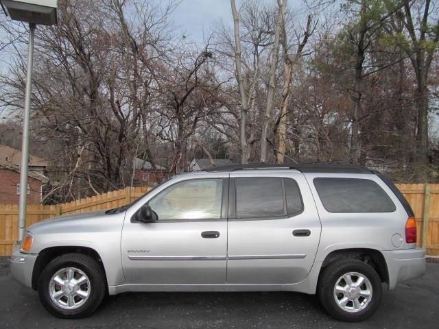 2006 GMC Envoy XL SLE 4dr SUV 4WD
