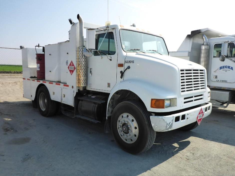 1993 International 8100  Fuel Truck - Lube Truck