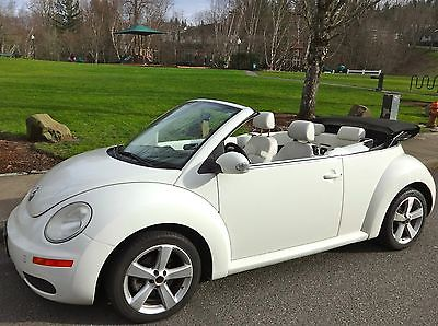 2007 Volkswagen Beetle-New 2007 VW New Beetle Convertible PZEV Triple White Tiptronic 2.5 5cyl 75800 mi.