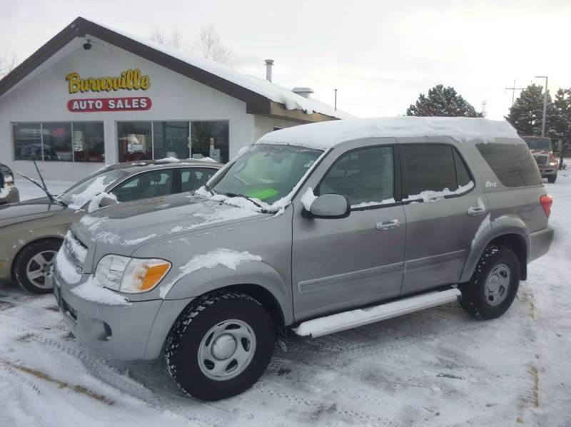 2005 Toyota Sequoia SR5 4dr SUV