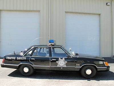 1984 Ford Crown Victoria Base Sedan 4-Door 1984 Ford LTD 5.0 POLICE CRUISER