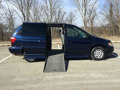 2005 Dodge Grand Caravan  2005 BRAUN ENTERVAN DODGE CARAVAN MOBILITY WHEELCHAIR HANDICAP ~FLORIDA MINT VAN