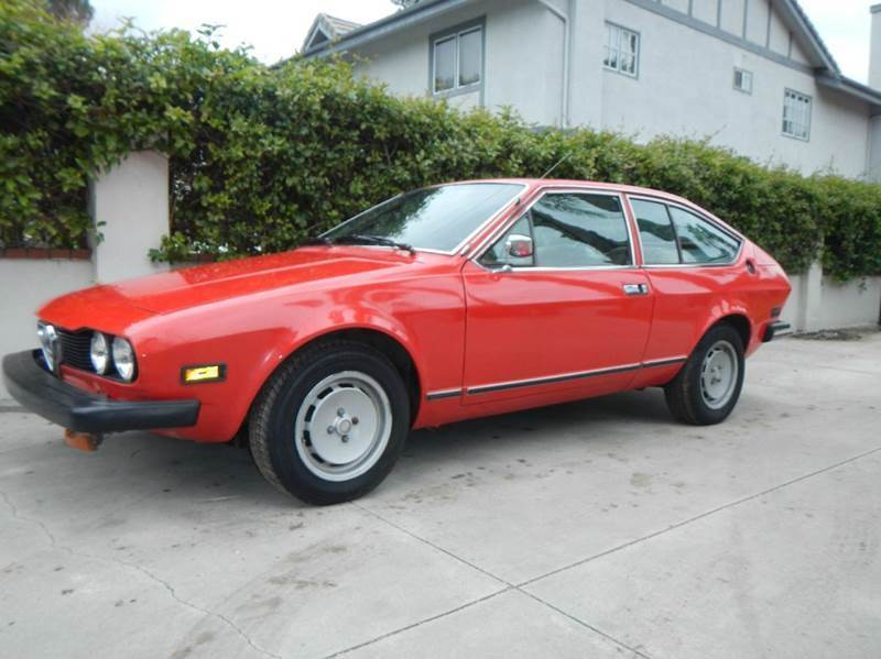 1977 Alfa Romeo GTV  1977 Alfa Romeo Alfetta Berlina GTV- RUNS AND DRIVES - CALIFORNIA CAR - RARE GTV