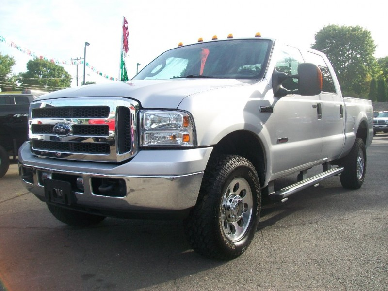 2005 Ford Super Duty F-350 SRW Crew Cab 156 XLT 4WD Power Stroke Turbo Diesel