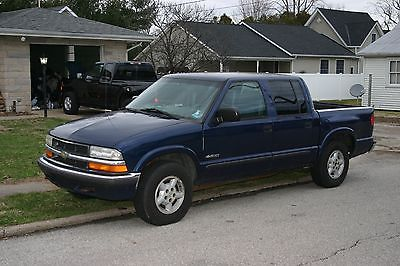 2001 Chevrolet S-10 2001 Chevy S-10 4dr crew cab p/up