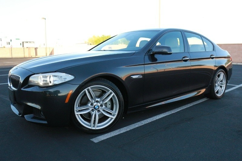 2013 BMW 5 Series 4dr Sdn 535i M-Sport Package !!!!