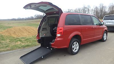 2012 Dodge Grand Caravan SXT 2012 DODGE GRAND CARAVAN  SXT HANDICAP WHEELCHAIR VAN REAR ENTRY