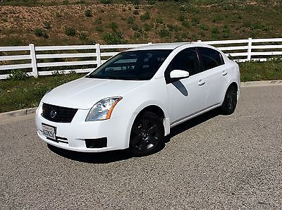 2009 Nissan Sentra Base Sedan 4-Door 2009 Nissan Sentra Base Sedan 4-Door 2.0L