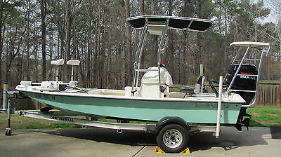 2009 BONEFISH BACK COUNTRY 18' FISHING BOAT WITH TRAILER