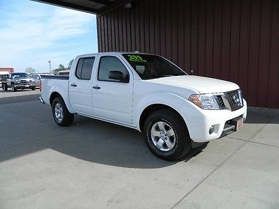 2012 Nissan Frontier 2012 Nissan SV