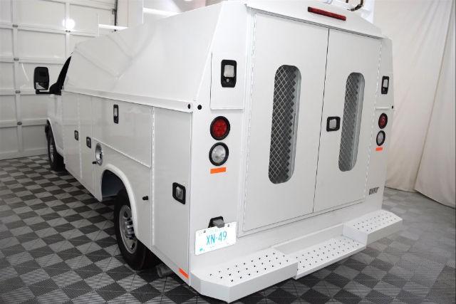 2016 Chevrolet Express Cutaway Work Van