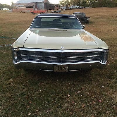 1969 Chrysler Imperial gold leather 1969 CHRYSLER IMPERIAL 440 BIG BLOCK CLASSIC MOPAR LUXURY VERY NICE MUST SEE !!!