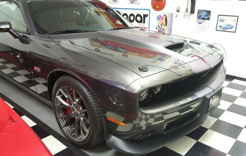 2015 Dodge Challenger SRT 392 2015 Dodge Challenger SRT 392