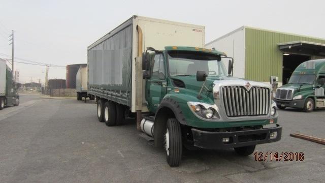 2013 International 7600  Box Truck - Straight Truck