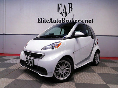 2013 Smart fortwo electric drive Electric Drive 2013 Smart ELECTRIC DRIVE-PANORAMIC ROOF-USB MEDIA AUX-ALLOY WHEELS