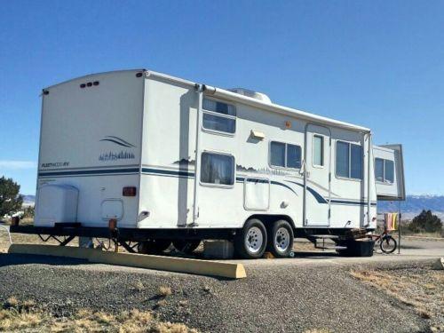 Fleetwood travel trailer