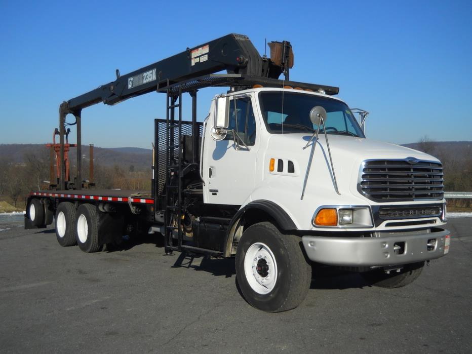 2004 Sterling Lt9500 Bucket Truck - Boom Truck