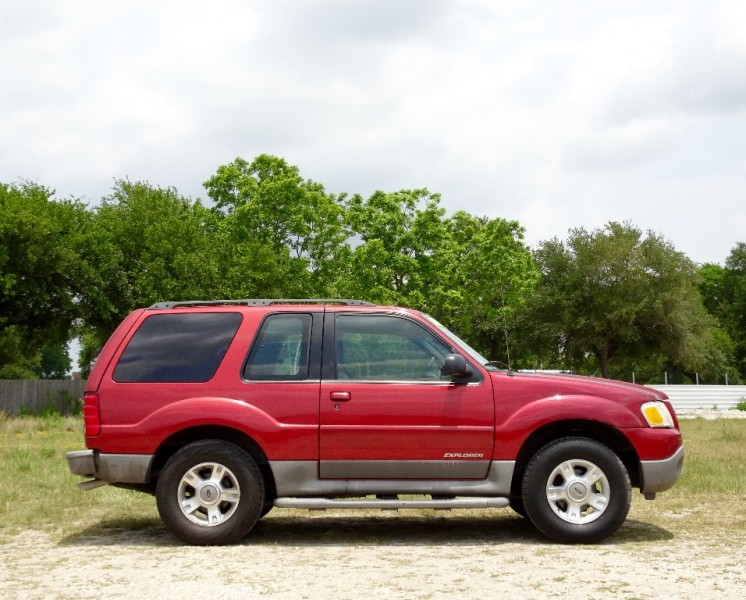 2002 Ford Explorer Sport 2dr 102 WB Value Auto
