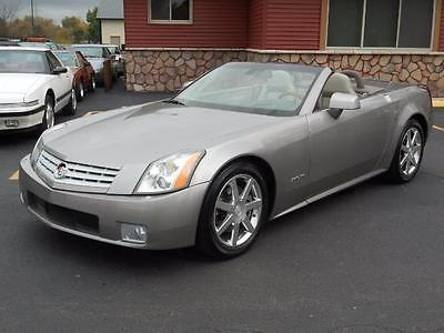 2004 Cadillac XLR Base Convertible 2-Door 2004 CADILLAC XLR CLEAN CARFAX EXCELLENT CONDITION STUNNING
