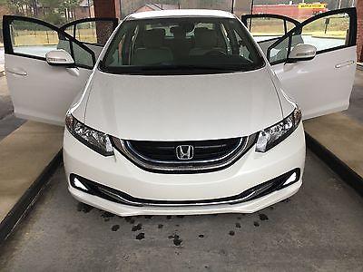 2013 Honda Civic Hybrid Sedan 4-Door Hybrid, sedan, Civic ,2013, white,automatic, camera, anti lock brakes, tan seat
