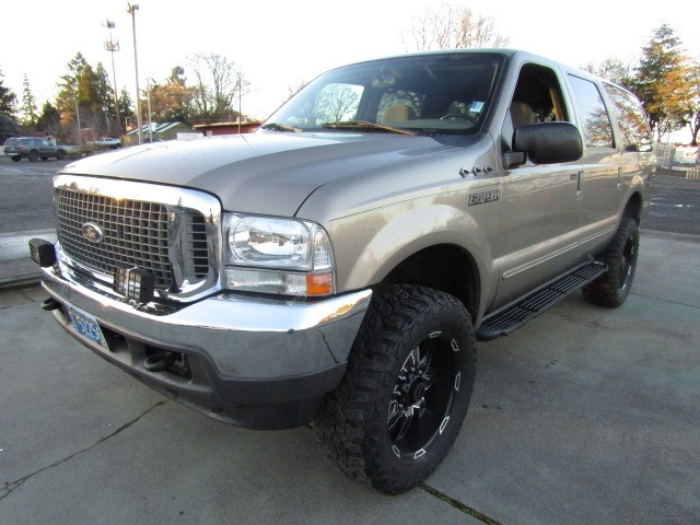 2000 Ford Excursion XLT 4X4 V10 GAS AUTO 3RD ROW MAGS RUNS PERFECT !!