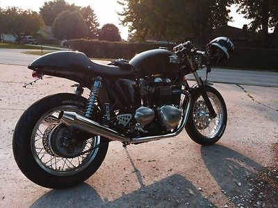 2011 Triumph Thruxton 900 EFI  Triumph Thruxton 2011- With mods, In immaculate condition, one owner