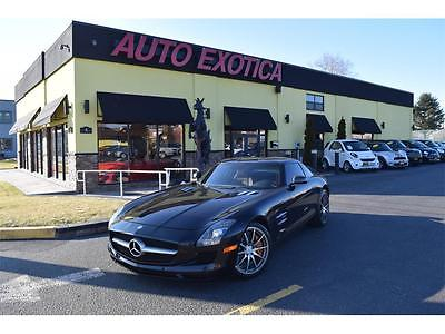 2011 Mercedes-Benz SLS AMG Base Coupe 2-Door 2011 Mercedes-Benz SLS AMG Automatic 2-Door Coupe BLACK CARBON CERAMIC