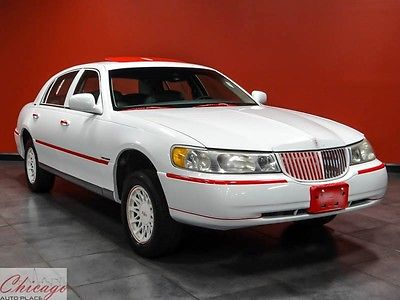 1999 Lincoln Town Car Red 1999 Lincoln Town Car