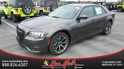 2017 Chrysler 300 Series 300S 2017 Chrysler 300 300S 4dr Car Automatic Regular Unleaded V-6 3.6 L/220
