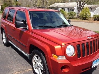 2010 Jeep Patriot 2010 Jeep Patriot 4-WD Automatic POWER MOON ROOF-Excellent Mechanical Condition