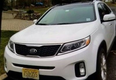 2014 Kia Sorento EX 2014 Kia Sorento, White with 59500 Miles available now!