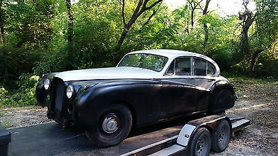 1952 Jaguar Other  1952 jaguar mark 7 chevy v8 automatic transmission sunroof one piece windsceen
