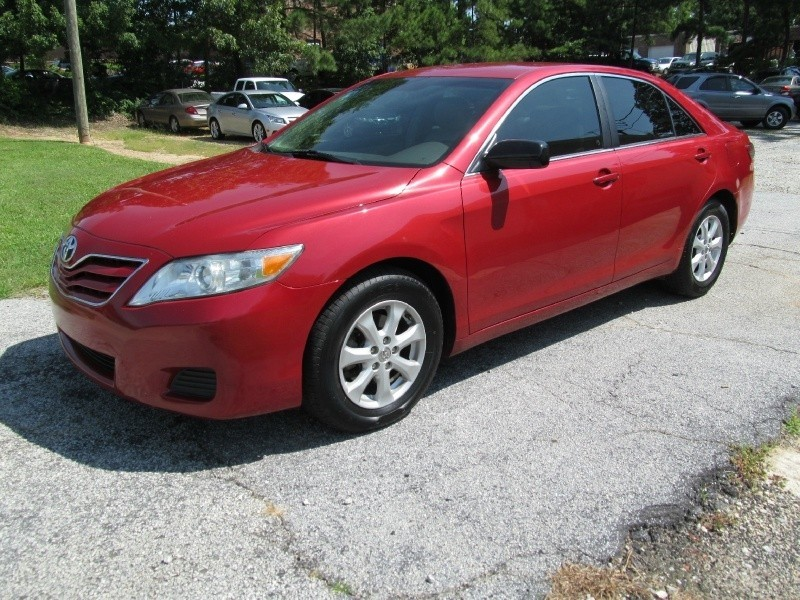 2010 Toyota Camry I4 Auto LE,Leather,P/Seat,Alloy Wheels!CASH OR FINANCE YOU!