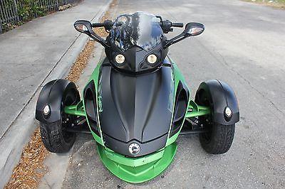 2012 Can-Am RSS  Green Can Am Spyder RSS