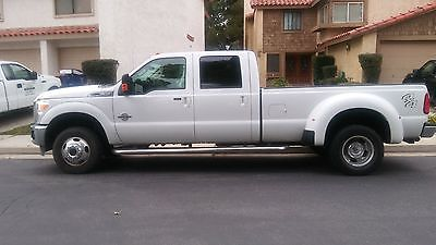2016 Ford F-350 white 2016 Ford F-350 Super Duty Lariat Crew Cab DUALLY LB DRW 4WD