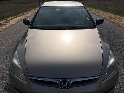 2006 Honda Accord Value Package Sedan 4-Door 2006 Honda Accord Value Package. Needs Body Work