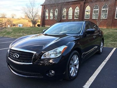 2011 Infiniti M Full Size Luxury Sedan 2011 Infiniti M37 Luxury Sedan in excellent condition fully serviced no problems