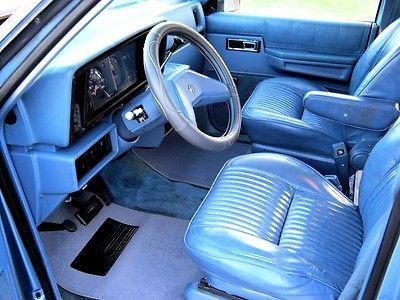 1984 Dodge Caravan SE 1st GENERATION DODGE CARAVAN PLYMOUTH VOYAGER MINIVAN /MAGIC WAGON