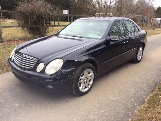 2005 Mercedes-Benz E-Class 4Matic Sedan 4-Door 2005 Mercedes-Benz E320 4Matic Sedan 4-Door 3.2L